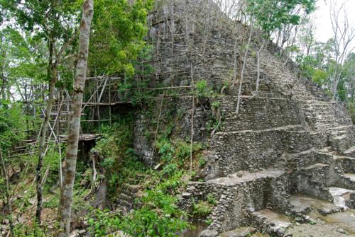 Pirámide de El Mirador (Guatemala) / G. Gallice